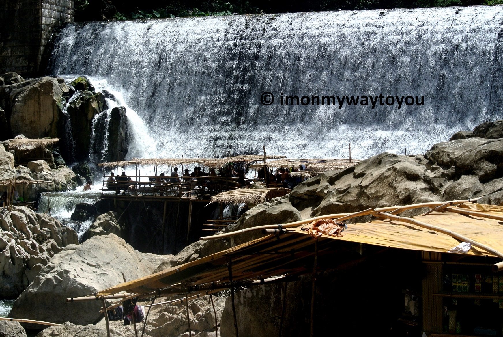 wawa-dam-falls-2