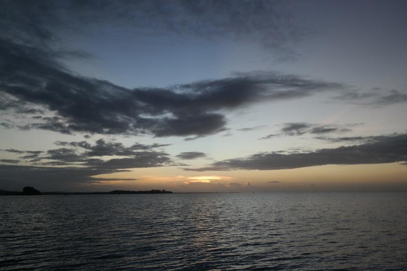 borawan island kuwebang lampas